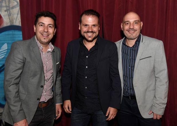 El presidente del Grupo Núcleo, Mauro Gerrero, junto a González Kunz, CEO de PCBOX y Neutrón, y Luciano Huarte, Director General de Grupo Núcleo