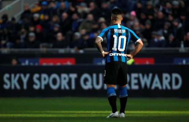 Soccer Football - Serie A - Inter Milan v Cagliari - San Siro, Milan, Italy - January 26, 2020  Inter Milan's Lautaro Martinez wearing a special edition shirt featuring his name written in Mandarain to celebrate the Chinese New Year  REUTERS/Alessandro Garofalo