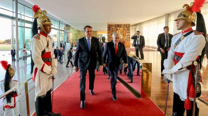 Bolsonaro y Piñera se reunieron este miércoles (Marcos Correa/Brazil's Presidential Press Office via AP)