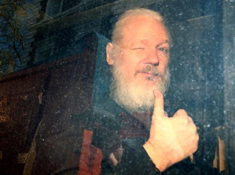 Assange fue arrestado en abril de 2019 (Reuters)