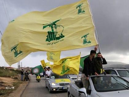 Terroristas de Hezbollah han mantenido enfrentamientos con Israel en las últimas semanas (REUTERS/Aziz Taher)