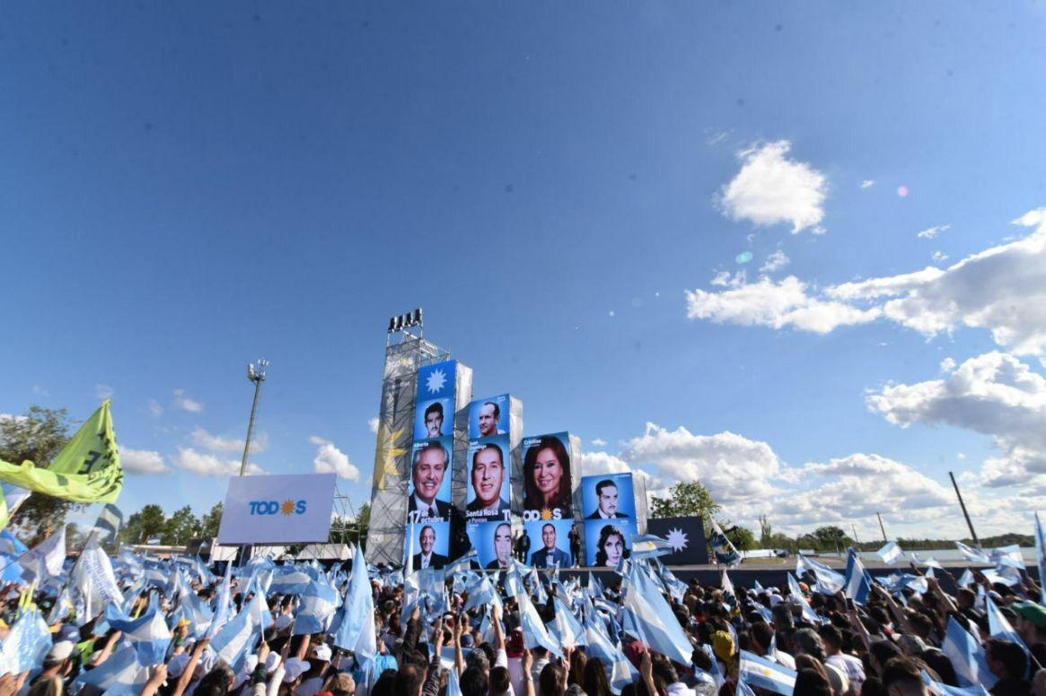 En Mar del Plata habrá un escenario de 25 metros de ancho similar al de Rosario y el pampeano