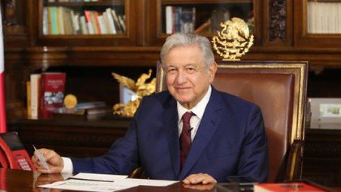 El subsecretario López-Gatell aseguró que la evolución del presidente López Obrador es favorable (Foto: Foto: Twitter@lopezobrador_)