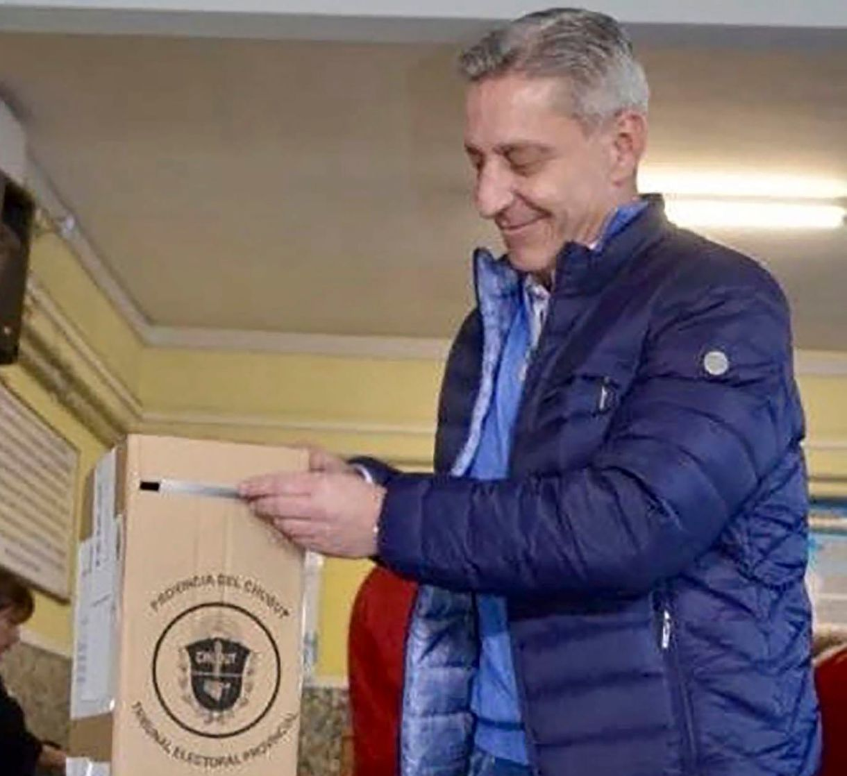 Mariano Arcioni, gobernador de Chubut. Su principal rival es Linares, del PJ