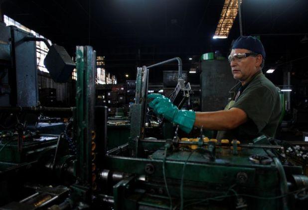 En marzo hubo 105.000 trabajadores menos que en febrero, según el Ministerio de Trabajo