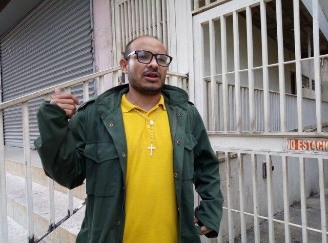 """Carlos Julio Rojas: """"Los vecinos siguen alerta"""" (Foto: Elizabeth Ostos)"""