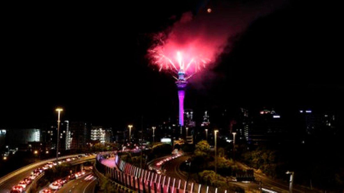 Celebraciones en Auckland, Nueva Zelanda (Michael Craig/ NZ Herald vía AP)