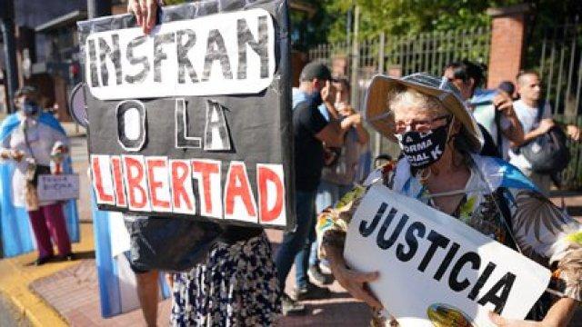 Los formoseños salieron a las calles a protestar contra la vuelta a la Fase 1 de la cuarentena (Franco Fafasuli)