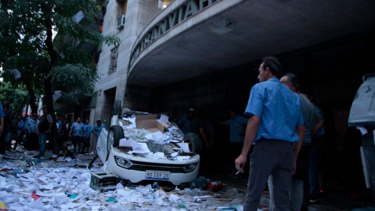 El sector de Bustinduy causó destrozos en la sede de la UTA, en diciembre pasado
