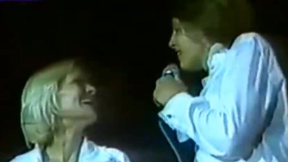 Luis Miguel y Marcela Basteri, en la noche del Luna Park, y en una de sus últimas noches juntos