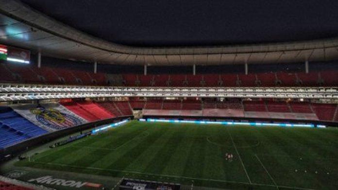 El estadio Akron recibirá a un 12% de su capacidad total para el clásico nacional (Foto: Chivas)