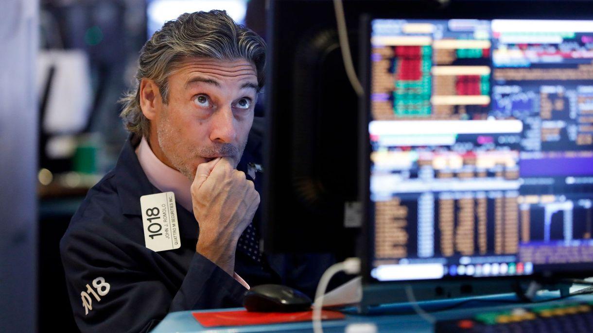 Los bonos argentinos se operan a precios de default. (AP)