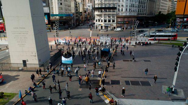 La manifestación contó con la presencia de más de 100 personas