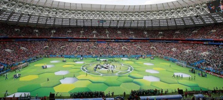 El campo de juego se transformó en un escenario gigantesco(REUTERS/Maxim Shemetov)
