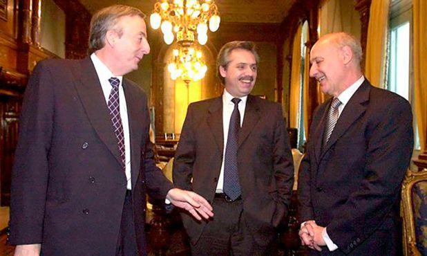 Lavagna en 2005, cuando era ministro de Economía de Néstor Kirchner, con Alberto Fernández como jefe de Gabinete