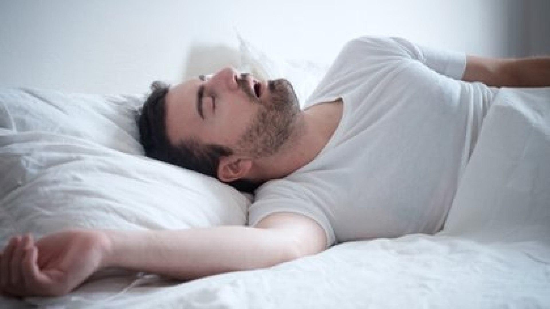 Es clave dormir bien en un buen colchón y con una buena almohada