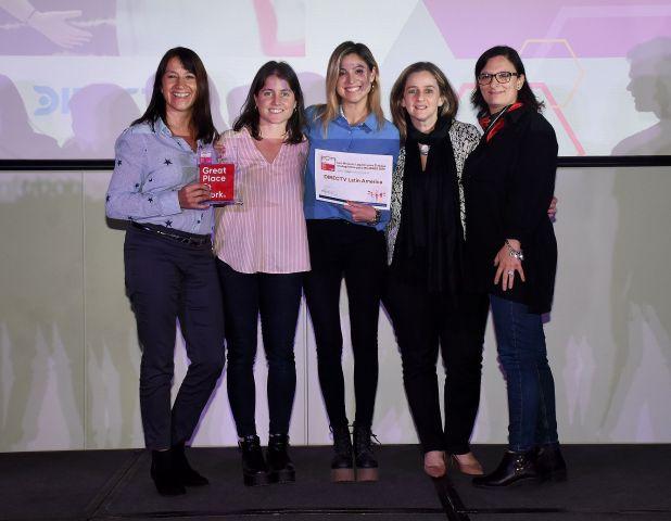 DIRECTV, telecomunicaciones. Ellos son: Julie Rothschild, Clara Nieto, Vanesa Nodesco.