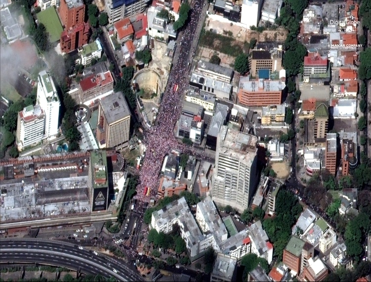 Miles de venezolanos retomaron las calles del país para repudiar a Maduro (DigitalGlobe/Reuters)