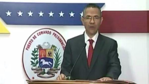 El ministro de comunicación chavista Ernesto Villegas