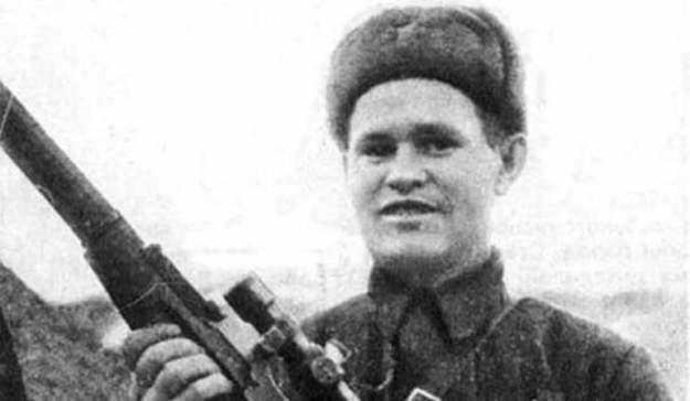 Sniper Terbaik Perang Dunia II Vasily Zaytsev