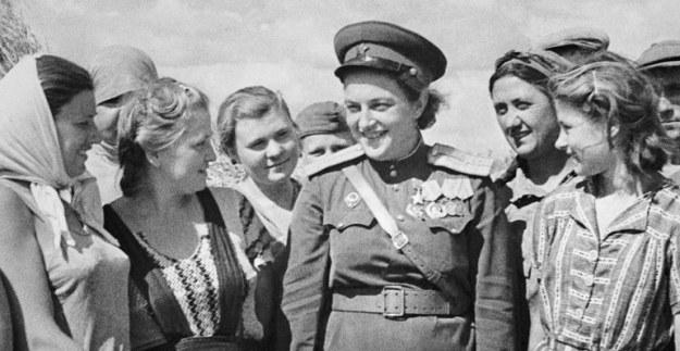 sniper legendaris dunia, lyudmila pavlichenko, pahlawan bagi soviet