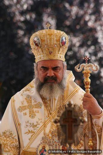 sfintire-biserica-sf-maria-blaj-2010-04