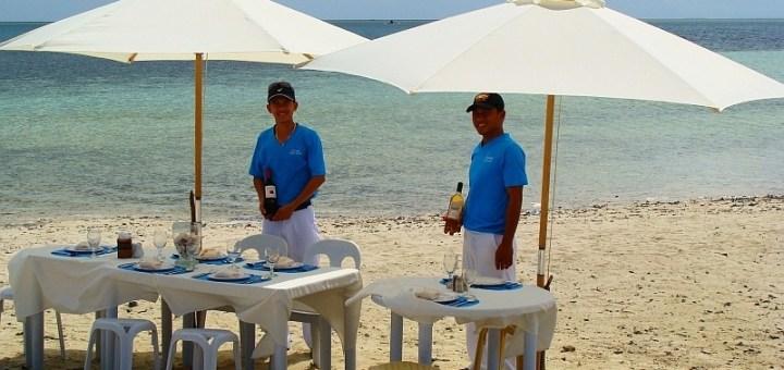 Linaw Beach Resort Beach BBQ