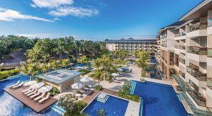 Henann-beach-resort-alona-beach-Panglao-Bohol-Philippines