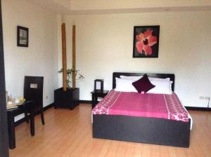 The Resort La Pernela Beachfront, Dauis, Philippines Great Rates! 004