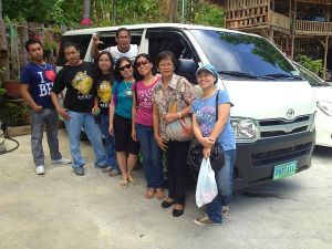 Transport Van Bohol Touristas Philippines 228