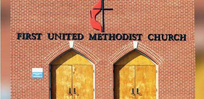 Los metodistas votan en contra de permitir el matrimonio homosexual y clero LGBT