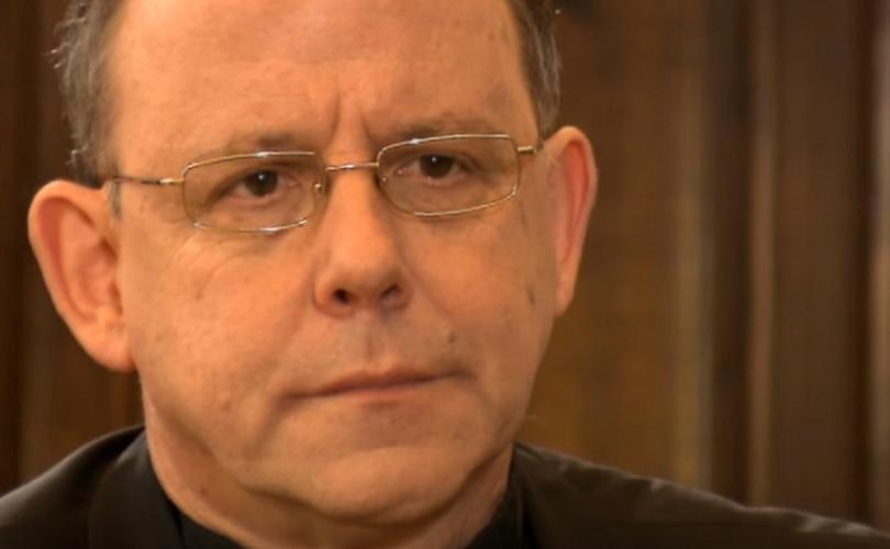 Obispo alemán se lamenta por la negativa de la Iglesia en la ordenación de mujeres al sacerdocio