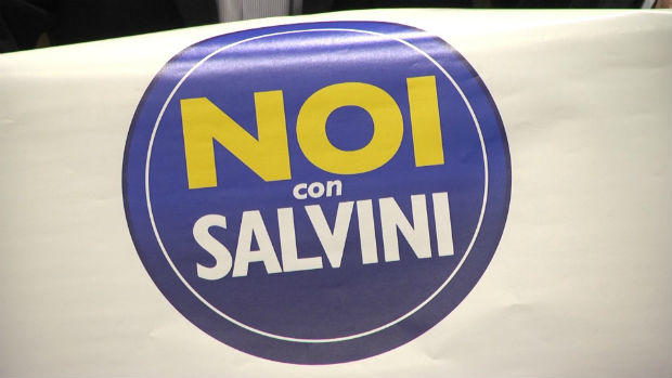 Sit in anti immigrati in Prefettura di Noi con Salvini