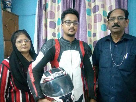kamran with his parent