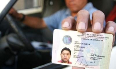 Licencia de conducir con código QR