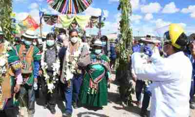 Luis Arce inaugura Coliseo en Oruro