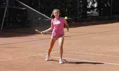Tenis categoría Junior en Bolivia