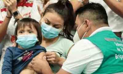Vacunaton_Santa_Cruz
