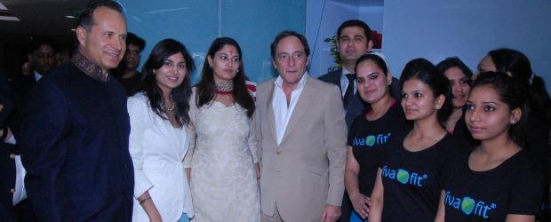 Paulo Portas inaugura 3º ginásio Vivafit na Índia