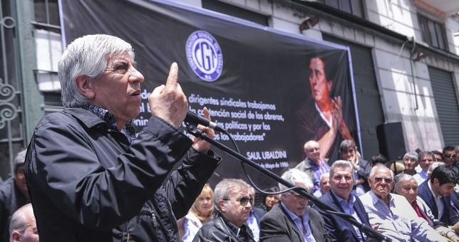"""Moyano le advirtió al Gobierno que atienda los reclamos de los trabajadores porque """"los tiempos se agotan"""""""