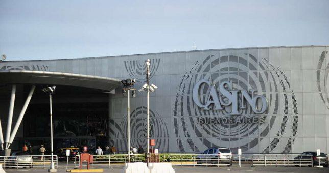 Peligran tres mil empleos en el Casino flotante por una interna de Cambiemos
