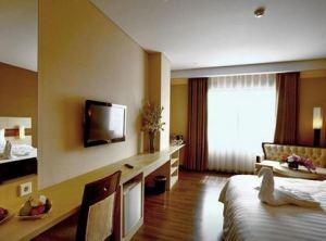 Hotel California Bandung