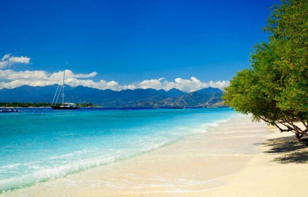 Pantai Senggigi Lombok NTB, Objek Wisata Pantai dengan Pesona Alam Luar Biasa