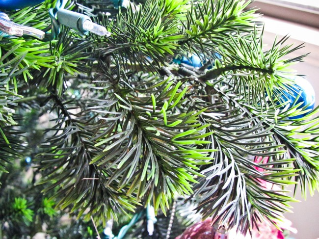 Protect-the-Christmas-Tree-from-a-Toddler-Step-5