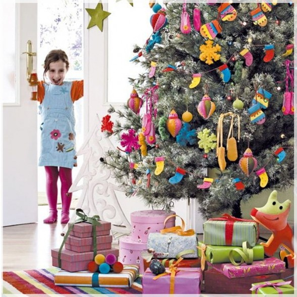 christmas-decoration-ideas-for-kids-small-living-space-furniture