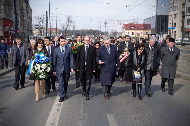 Marsz Pamięci -ul. Lwowska. Marsz Pamięci 2011 Fot.Bogusław Świerzowski/ INFO Kraków24