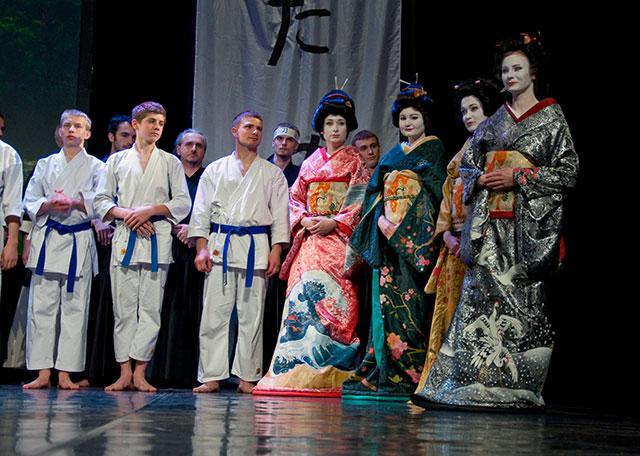 Gejsze z Krakowa pomagają Japończykom