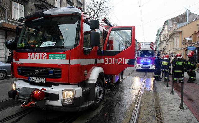 Pożar na ul. Zyblikiewicza w Krakowie 6 osób w szpitalu