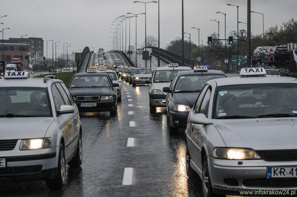 Protest taksówkarzy. Fot. Michał Nowak / INFO Kraków24