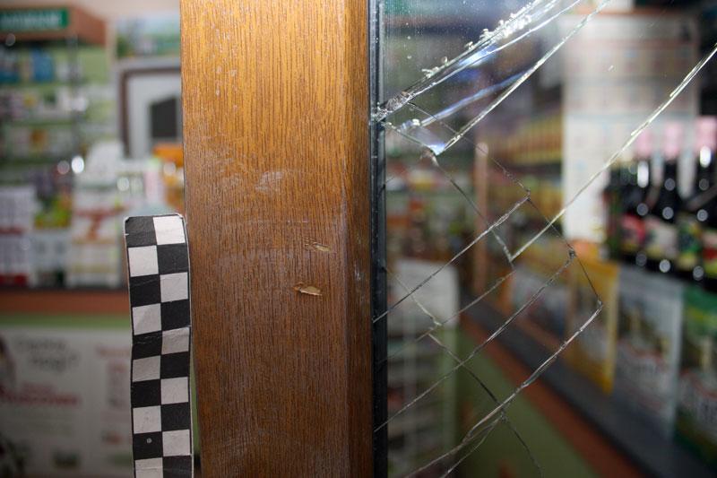Chełmek  –  sprawca włamania do sklepu zatrzymany w kilkanaście godzin